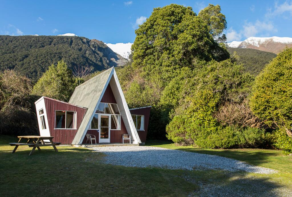 bush retreat lodge accommodation in makarora